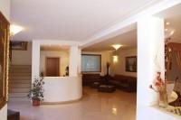 a-hotel-9